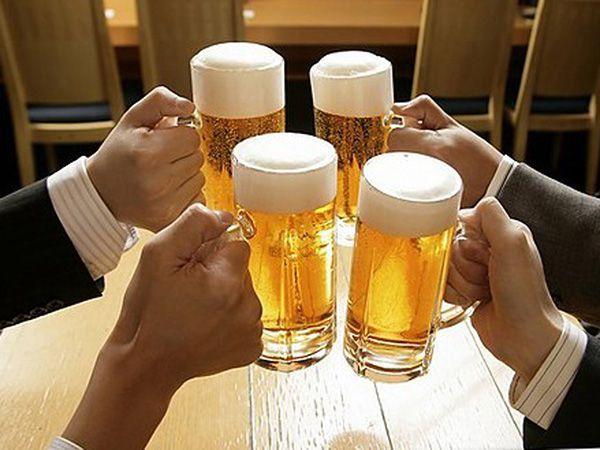 Áp dụng mẹo hay uống rượu bia không say